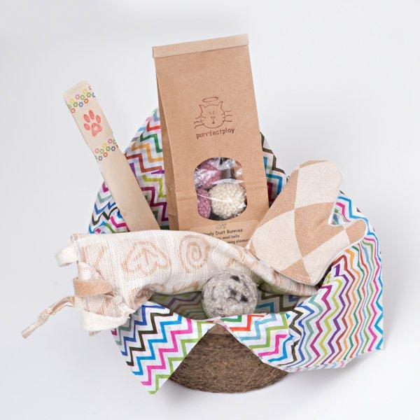 gift-basket-cat1.jpg