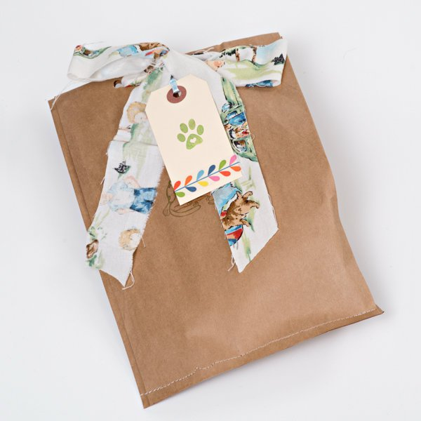 Charming springeaster gifts for your cat organic natural cat toys spring gift bags small negle Image collections